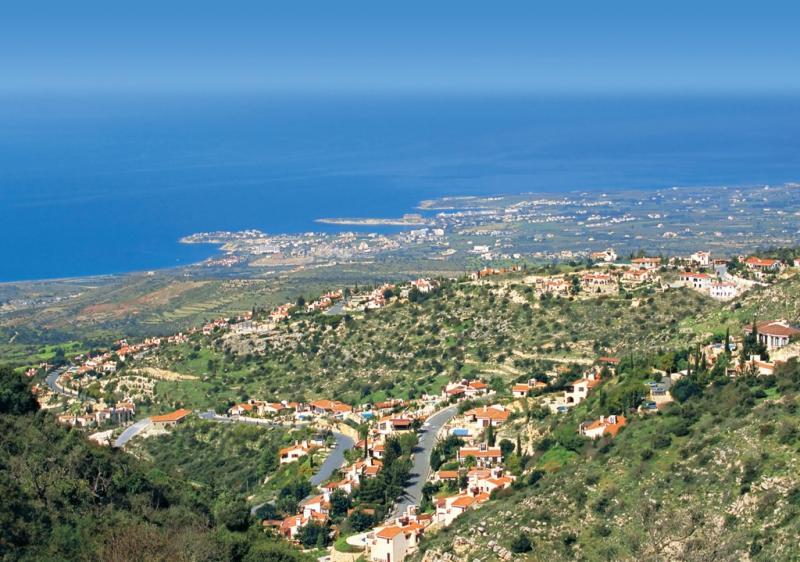 Cypryjski rynek nieruchomości kusi inwestorów