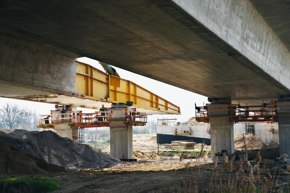 Mosty na Widawie iŁawie już niemal gotowe