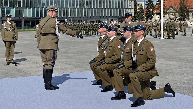 Pierwsi podporucznicy Wojsk Obrony Terytorialnej