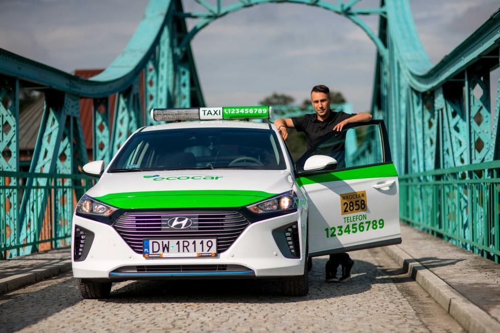 EcoCar wprowadza doWrocławia taksówki IONIQ Hybrid