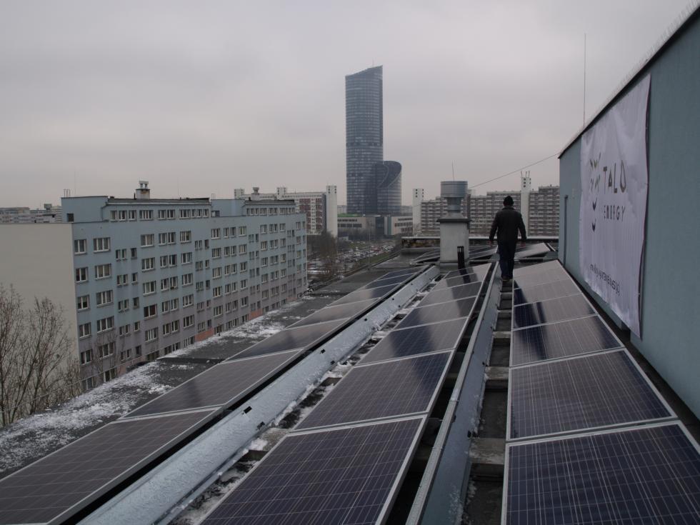 Słoneczna elektrownia na wrocławskich wieżowcach