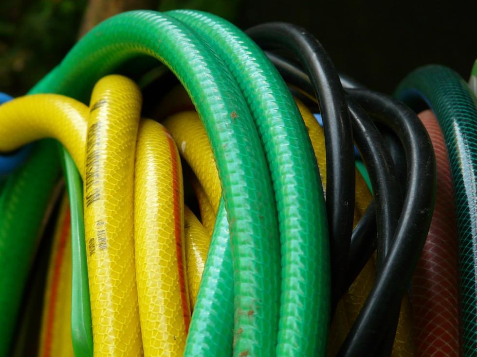 Najlepsze węże ogrodowe – co warto wiedzieć