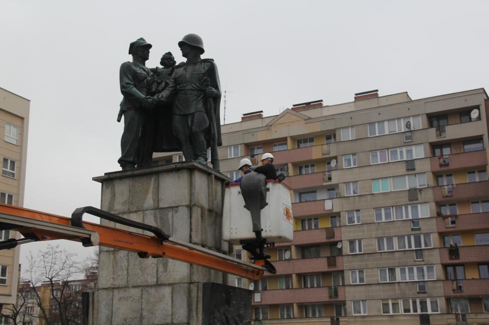 Legnicki Pomnik Wdzięczności Armii Radzieckiej nie zostanie zakopany