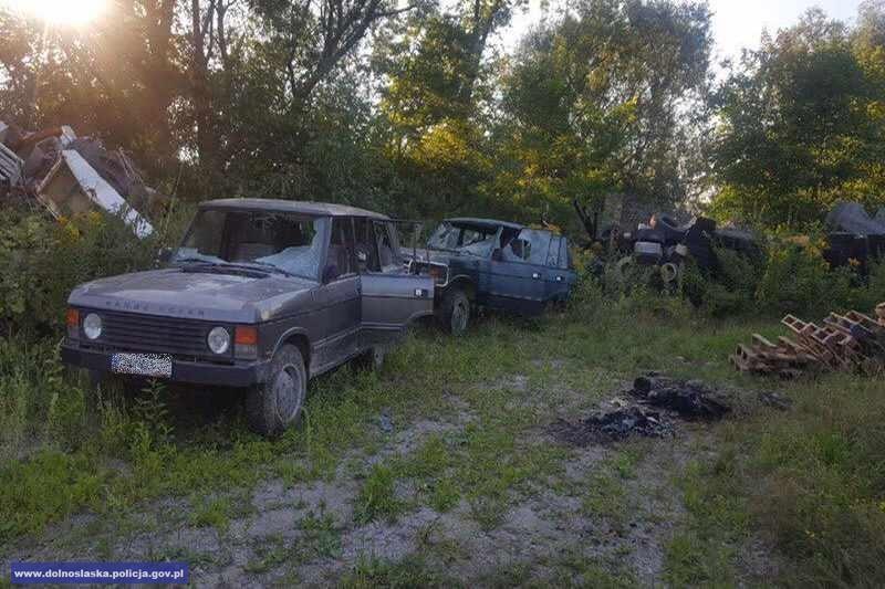 Uszkodzili 7 pojazdów - trzej chłopcy wwieku od10 do11 lat
