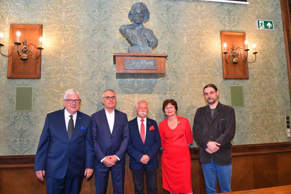Rada Miejska Wrocławia złożyła hołd Ignacemu Janowi Paderewskiemu