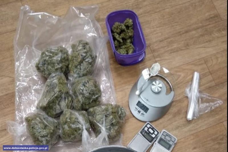 Przejęli blisko 15 tysięcy porcji narkotyków