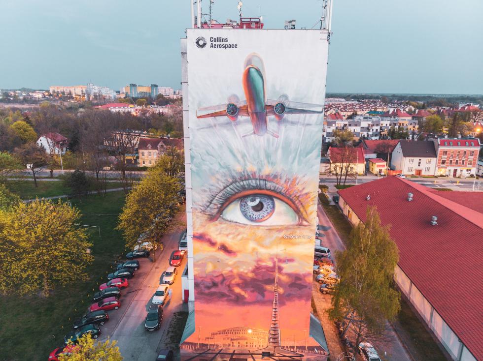 Collins Aerospace oficjalnie odsłonił mural stworzony przez lokalnego artystę