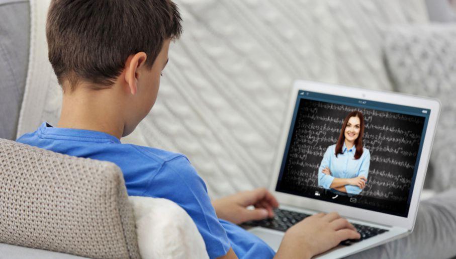 Rozporządzenie MEN: kształcenie na odległość m.in. dzięki Zintegrowanej Platformie Edukacyjnej