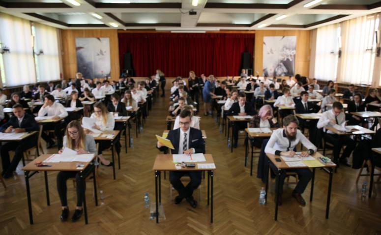 Morawiecki: egzaminy imatura na przełomie czerwca ilipca