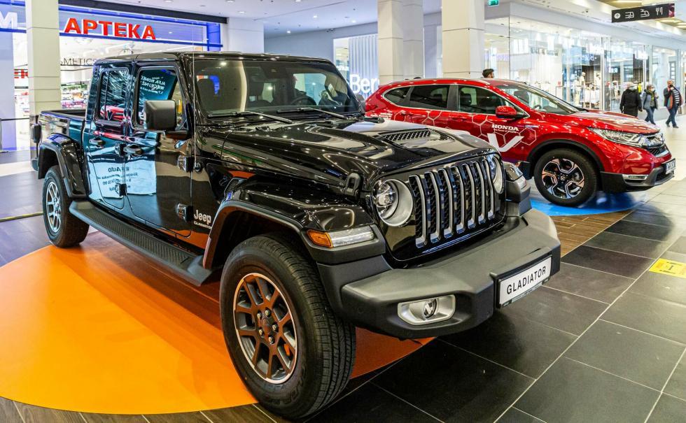Jeep Gladiator gwiazdą wystawy motoryzacyjnej trwającej wMagnolia Park