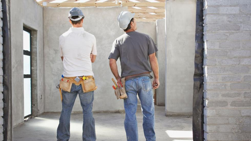 Poszukujesz pracowników budowlanych weWrocławiu? Poznaj zalety outsourcingu pracowniczego